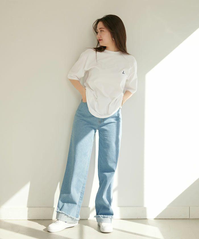 ユニセックスTシャツ/刺繍入り/ホワイト/カーキ